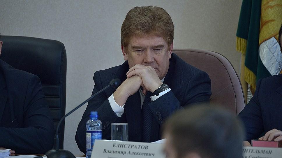 «Нет доверия жителей к главе города» / Владимир Елистратов ушел в отставку с поста мэра Челябинска