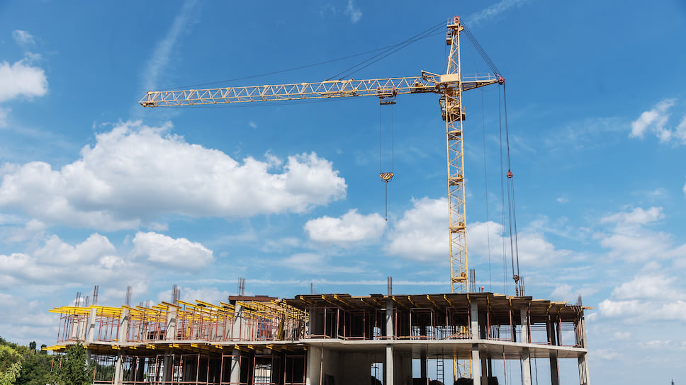 Затраты сравнили с землей / Магнитогорской компании отдали участок стоимостью 1,8 млрд рублей за достройку ЖК «Академ Riverside»
