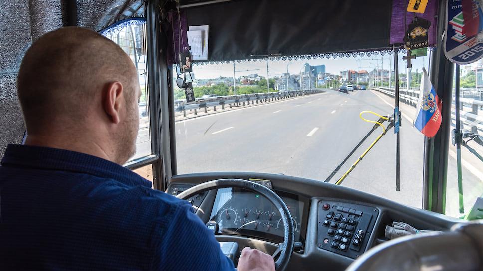 Автобусам расчистили дорогу / В Челябинске убрали с улиц 350 нелегальных маршруток