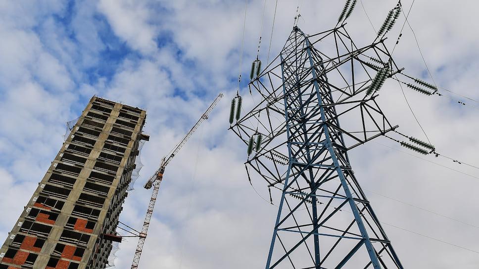 Губернатора подключили к долгам за электричество / Энергетики просят Алексея Текслера решить вопрос с миллиардной задолженностью коммунальщиков