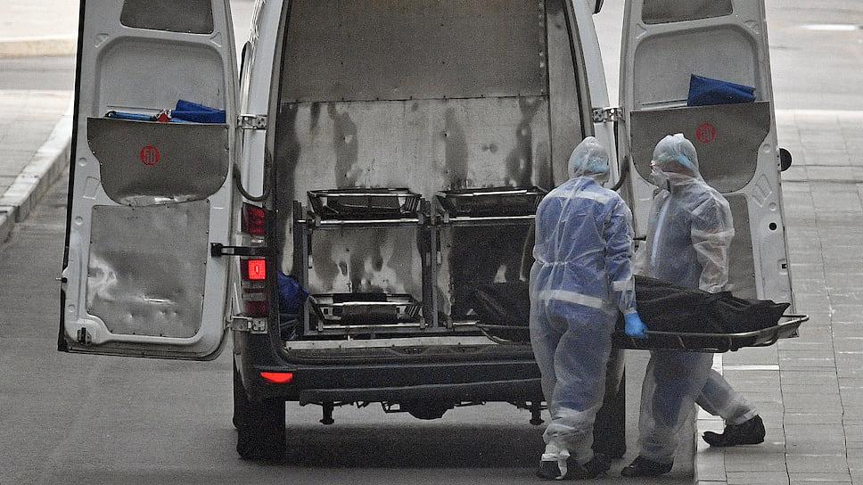 Челябинская область попала в коронавирусную десятку / Регион вышел в лидеры антирейтинга по числу заразившихся COVID-19