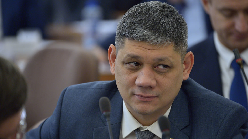 Местные интересы против нейтралитета / В Верхнем Уфалее за кресло мэра борются «варяг» и кандидат от местной элитной группы