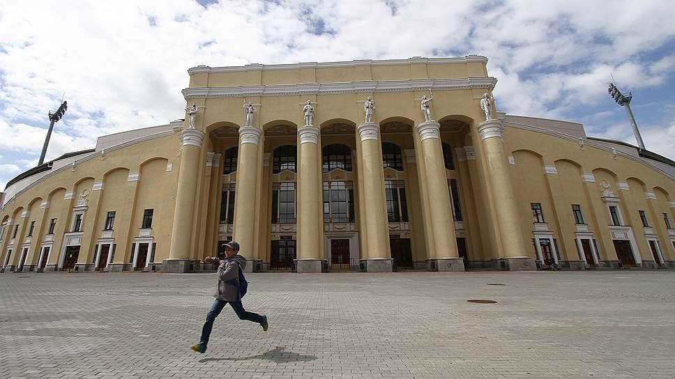 Почему реконструкция Центрального стадиона проходит в упрощенном варианте