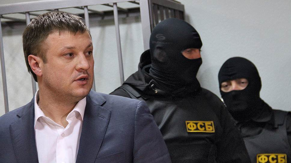 Внутренняя политика подвела вице-губернатора / Николая Сандакова арестовали по обвинению в получении взяток от экс-сити-менеджера