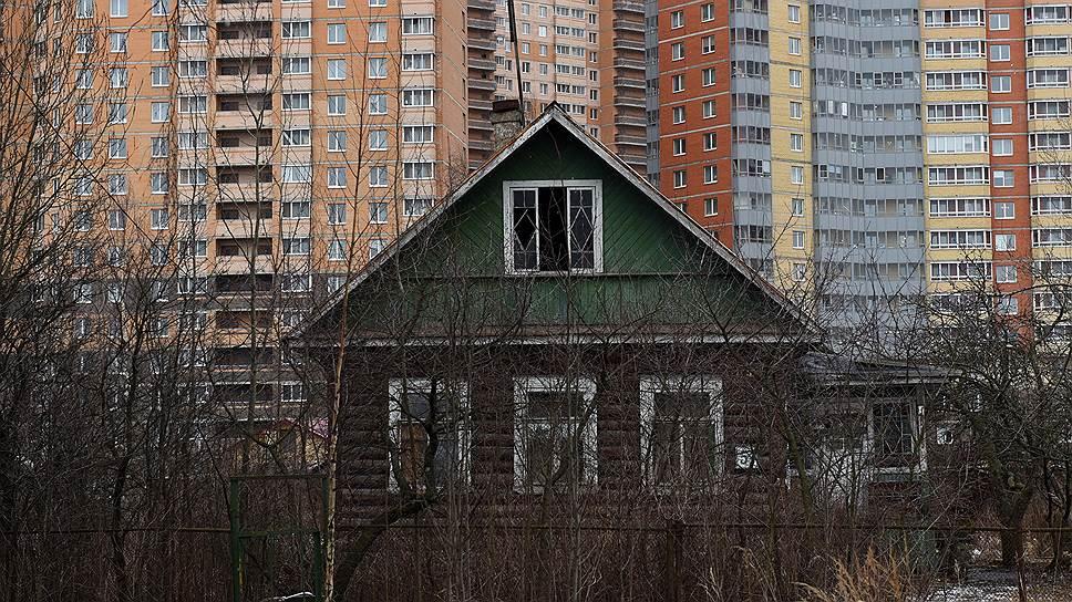Квартал ушел в минус / Вторичный рынок жилья в Екатеринбурге продолжил падение по итогам трех месяцев