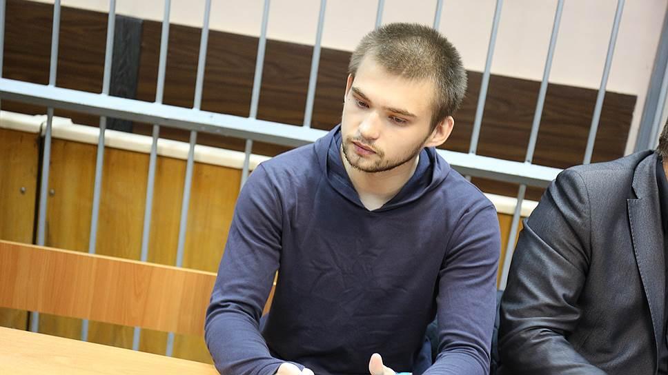 Ловца покемонов отправили под суд / Руслану Соколовскому насчитали 17 преступлений