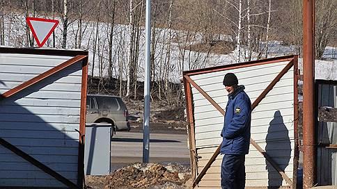 В Полевском стало горячо // Посещение завода-банкрота кредиторы совершили под присмотром полиции
