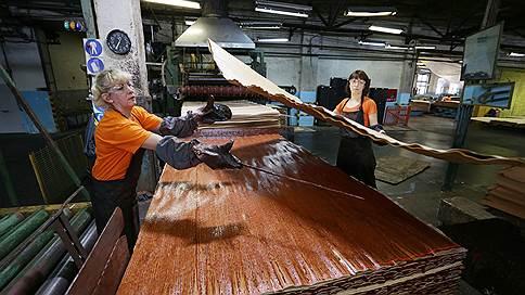 Фанеру сложили в портфель // Лидер рынка деревообработки «Свеза» приобретает тюменский завод