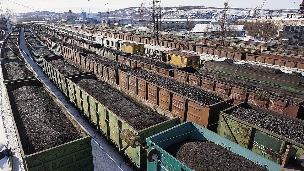 Вагон проблем / Уральские предприятия стройиндустрии столкнулись с дефицитом подвижного состава