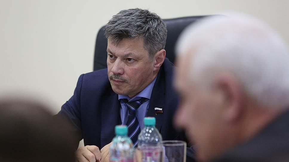 «Металлист» распустят за долги / Качканарский завод сокращает более 500 сотрудников