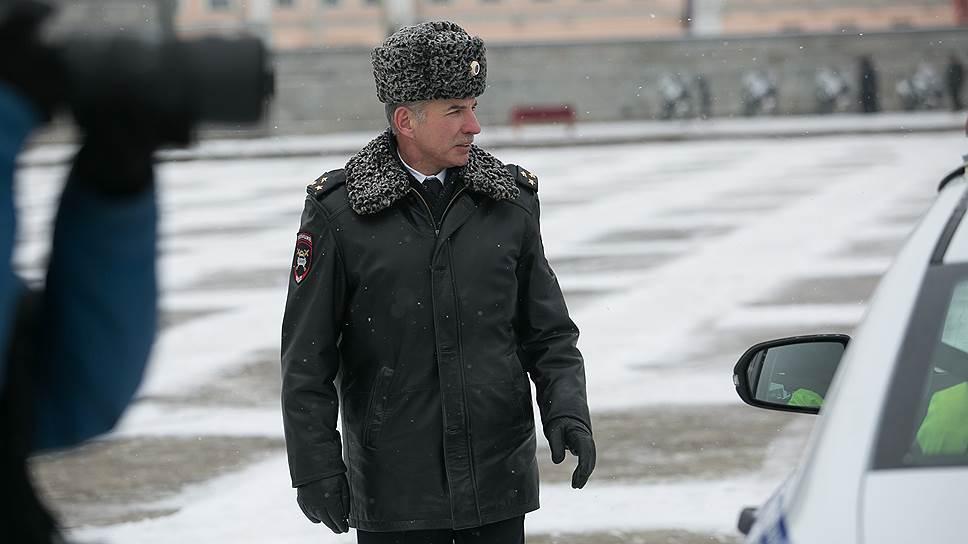 Полковнику никто не написал / Глава МВД РФ не стал продлевать контракт с начальником свердловского УГИБДД