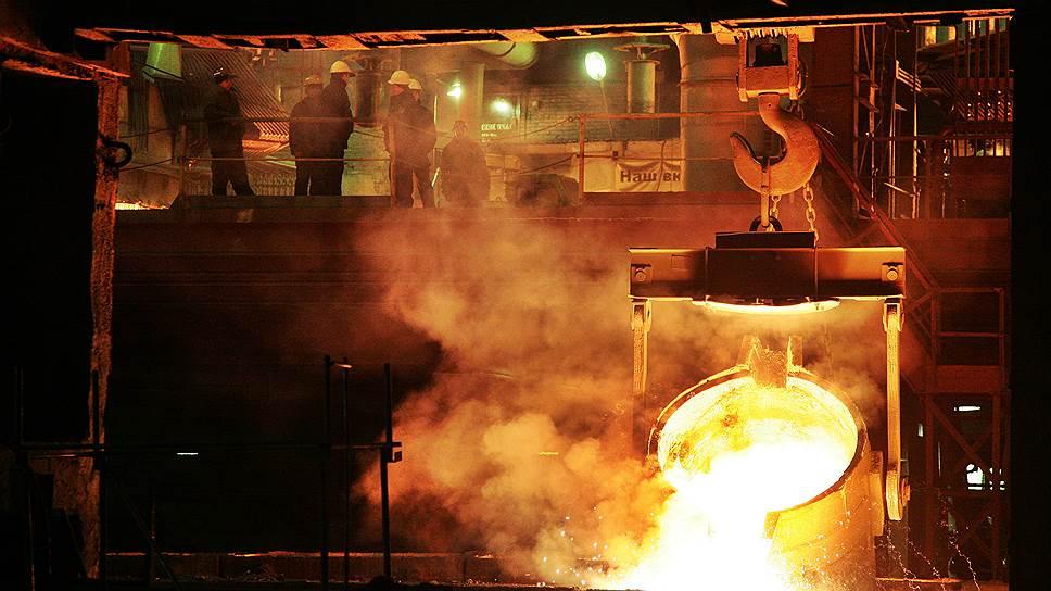 Ферросплавы затекли в суд / Серовский завод могут приостановить из-за смерти рабочего