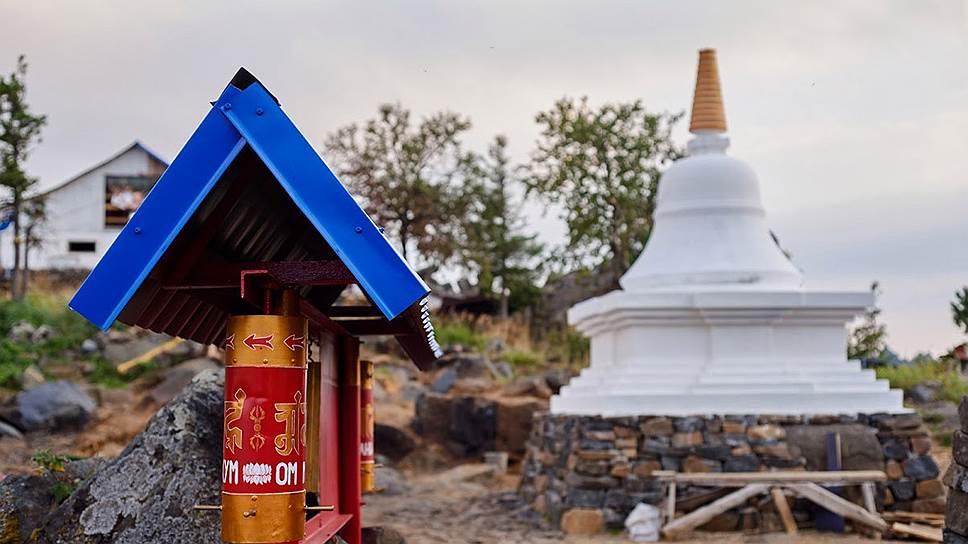 Буддистам подбирают альтернативу / Свердловские власти решают судьбу монастыря на Качканаре