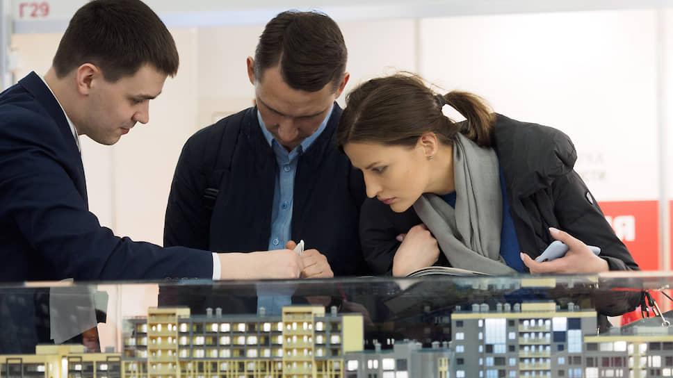 Сбербанк недосчитался эскроу / Свердловские банкиры обвинили застройщиков в повышении цен на жилье