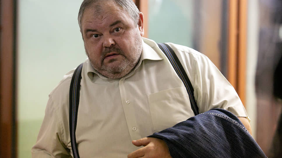 Арбитражный стал подсудимым / В Екатеринбурге начался процесс над отставным судьей