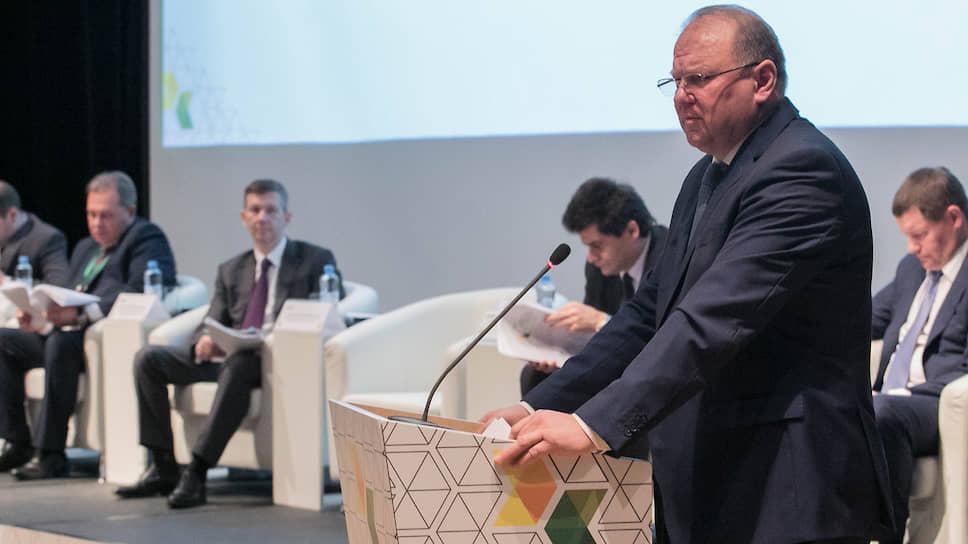 «Проблема — в сфере межбюджетных отношений» / Николай Цуканов обсудил реализацию нацпроектов в уральских городах