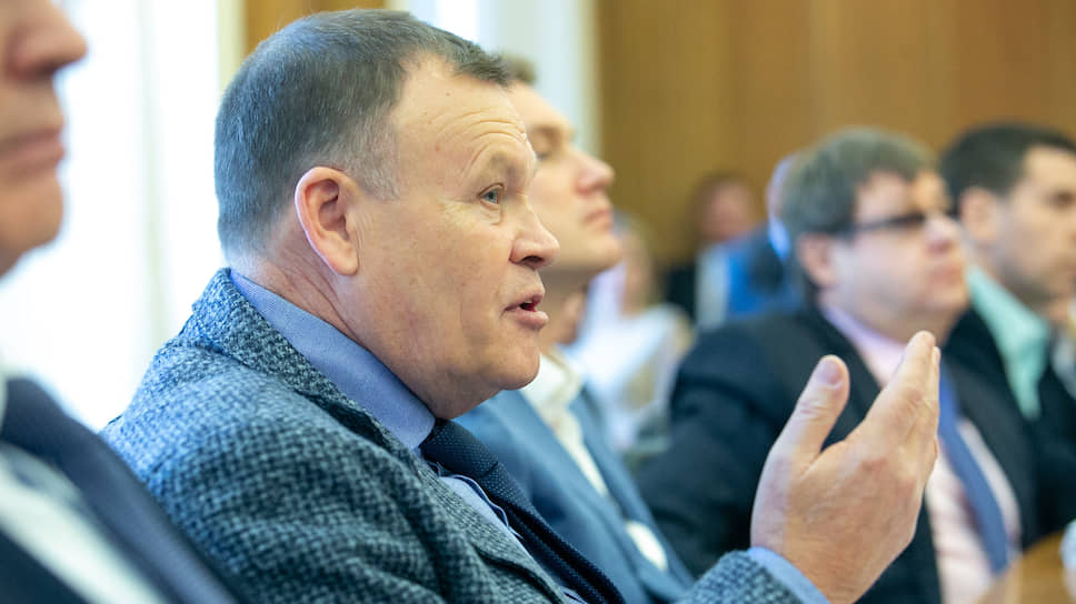 «Это уже какая-то порочная практика» / Дума Екатеринбурга сопротивляется принятию бюджета на 2020 год