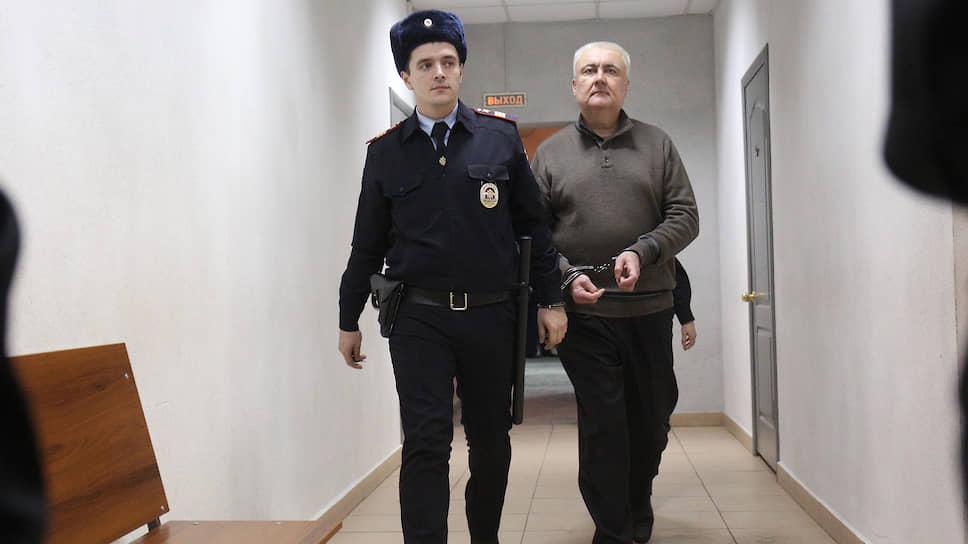 Подрядчик СвЖД мошенничал условно / Осужден ключевой свидетель по уголовному делу Алексея Миронова