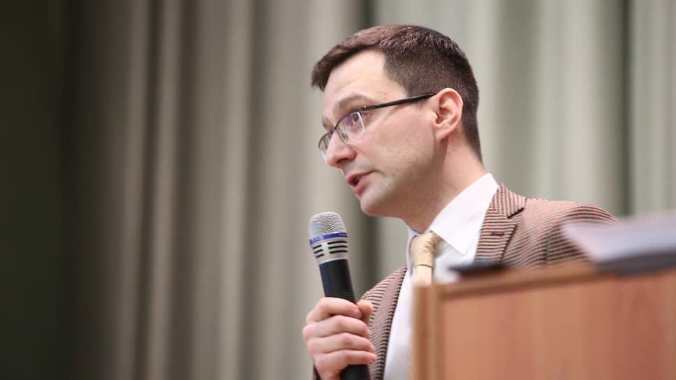Владимир Волкоморов занял пост директора журфака в конкурентной борьбе
