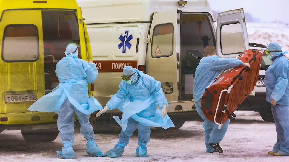 «На всероссийском уровне есть доверие к тюменской медицине» / Против коронавируса проводят молебны и опросы