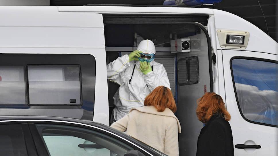 Коронавирус проник в медицину / Новый очаг заражения обнаружили в больнице Екатеринбурга