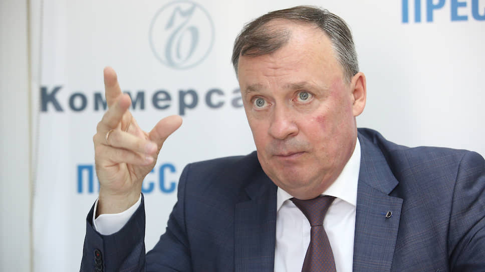 От Екатеринбурга отделяют здравоохранение / Городские больницы могут стать областными