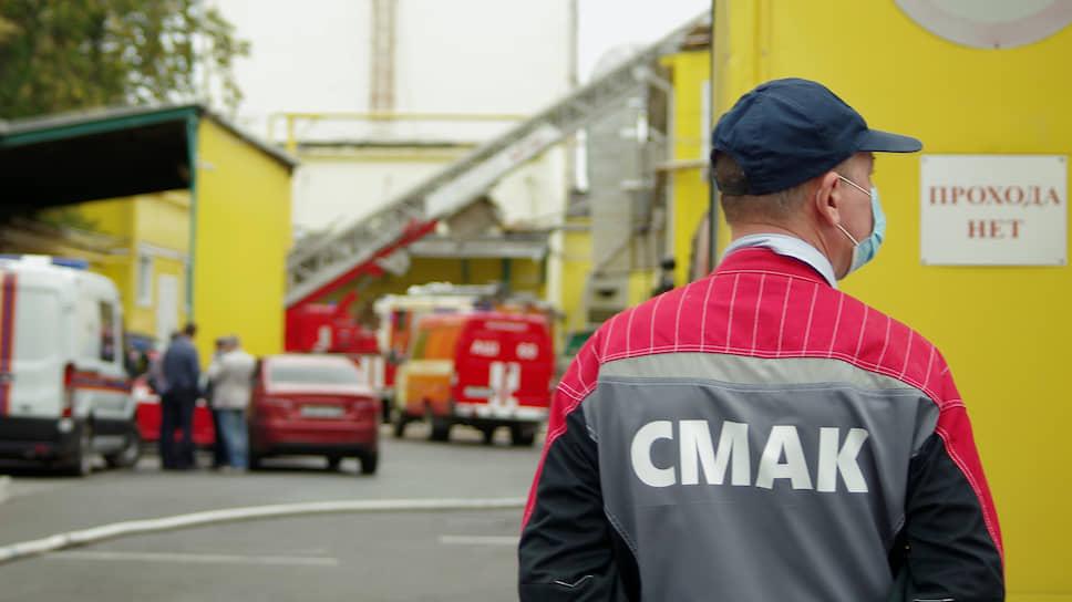 Не хлебный день / В Екатеринбурге сгорел цех СМАКа