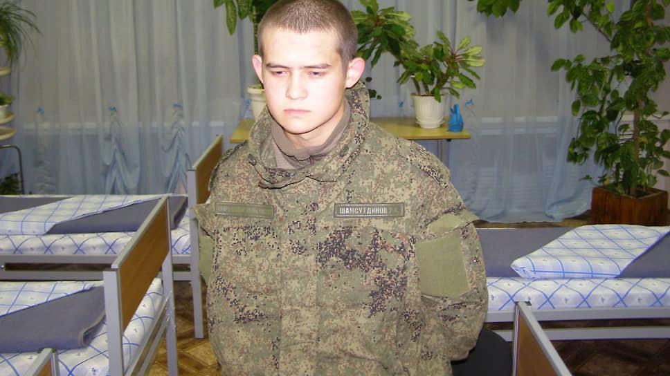 «Присяжные опираются на общечеловеческие ценности» / Адвокаты солдата Рамиля Шамсутдинова рассчитывают на снисхождение суда