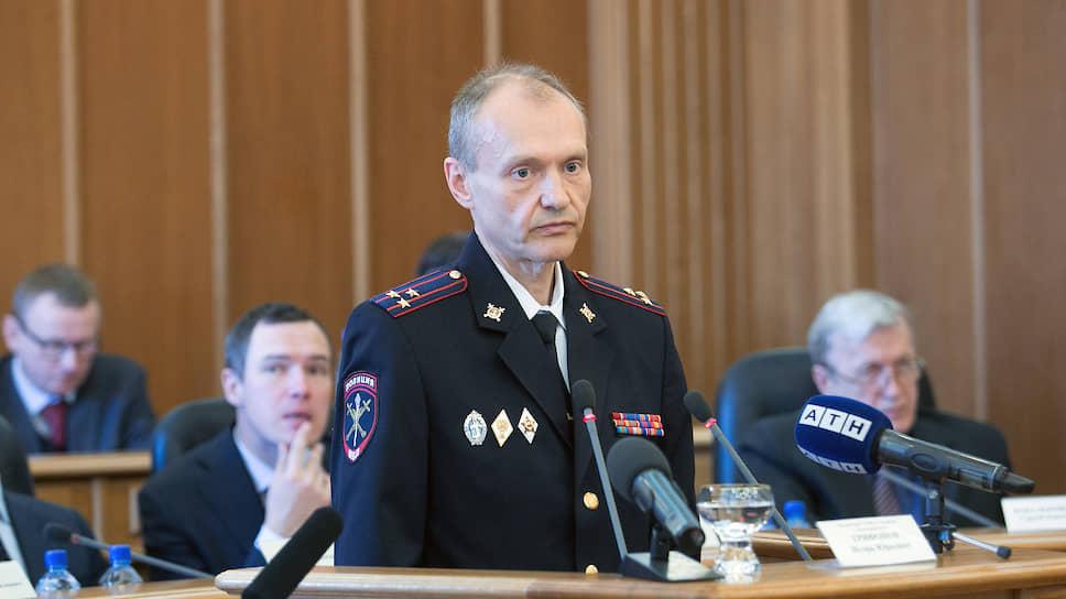 К делу генерала добавили банкира / Бывшего топ-менеджера «Кольца Урала» арестовали по обвинению в даче взятки