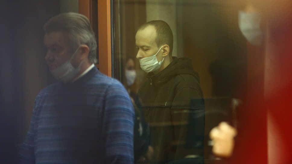 «Считаем, что ему нечего делать на этой земле» / В Екатеринбурге инженер получил пожизненный срок за убийство двух девушек