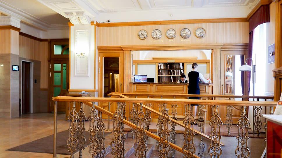 «В октябре была надежда, что мы выкарабкаемся из ямы» / Вторая волна COVID-19 опустошает отели Екатеринбурга