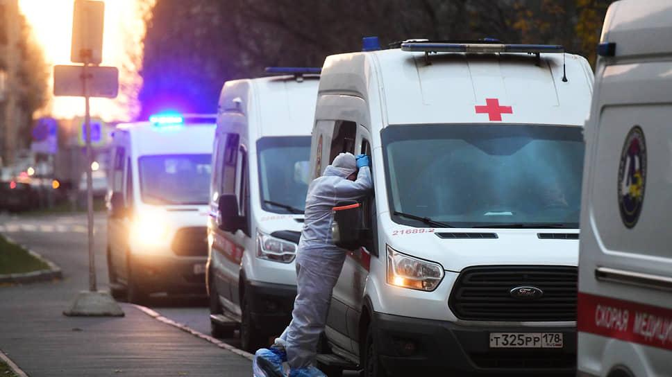 Урал бьют рекорды / В УрФО зафиксировано максимальное число заболевших COVID-19 за сутки