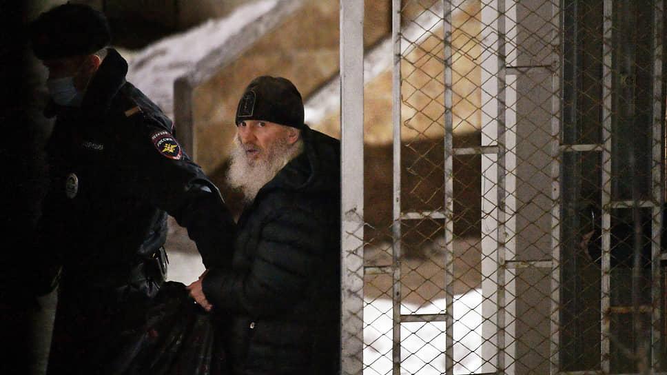 Уголовное преследование бывшего схимонаха Сергия началось после того, как его монастырь перестал перечислять средства епархии