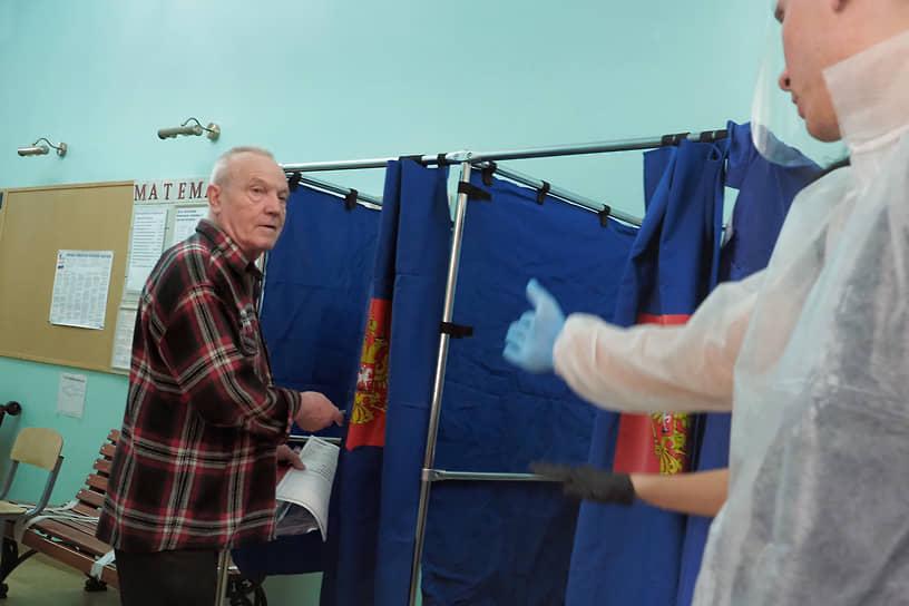 Инициативная группа пыталась подать заявку на проведение референдума по возврату прямых выборов девять раз