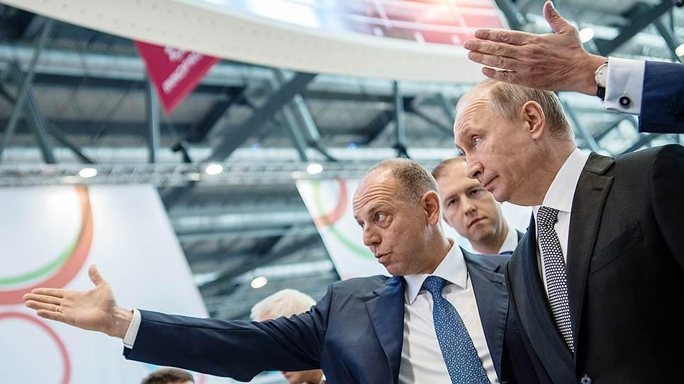 Дмитрий Пумпянский и Владимир Путин