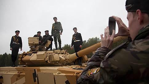 В Екатеринбурге на форуме «Армия-2018» покажут 200 единиц военной техники