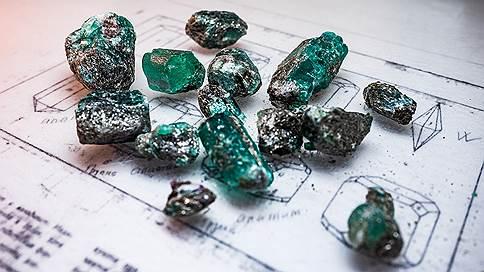 Свердловская шахта планирует продать 40 кг изумрудов за $1 млн