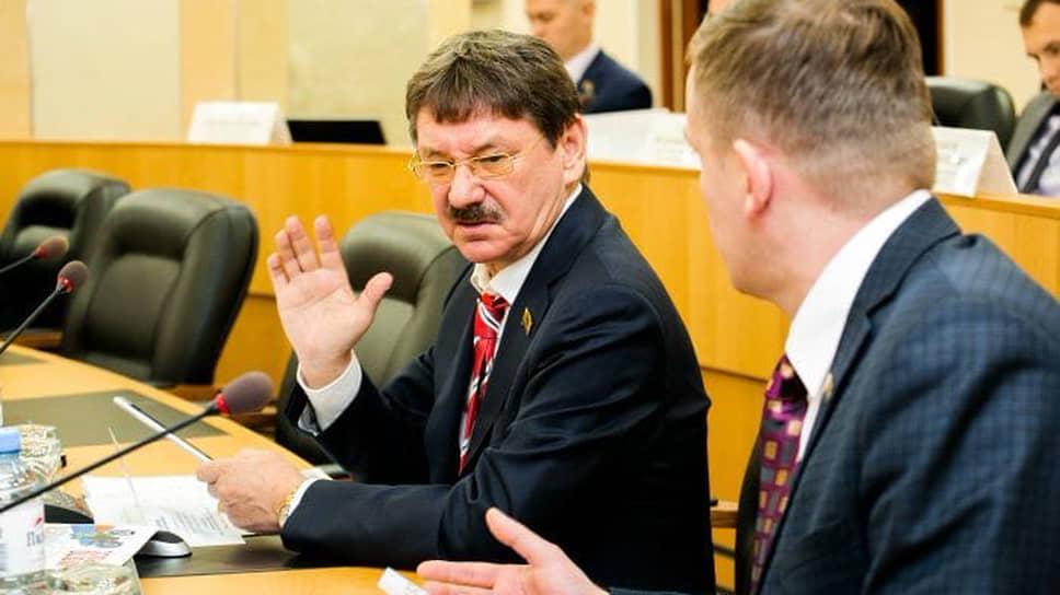 Депутат гордумы Сургута Евгений Барсов