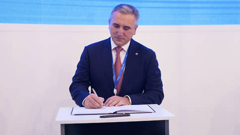 Моор отказался от мандата депутата Тюменской облдумы