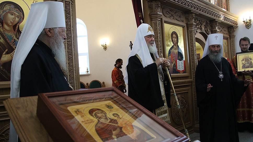 Как патриарх Кирилл освятил два храма в Алапаевске