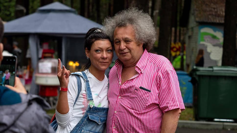 Музыкальный фестиваль «Старый новый рок. На волне-2019». Организатор фестиваля Евгений Горенбург (справа).