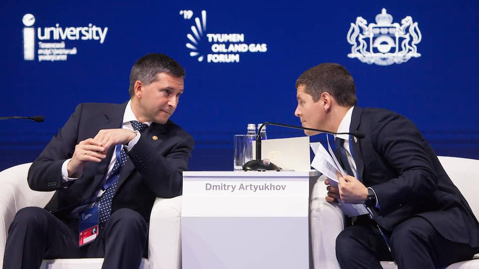 Губернатор Ямало-Ненецкого автономного округа Дмитрий Артюхов (справа) и министр природных ресурсов и экологии Российской Федерации Дмитрий Кобылкин (слева)