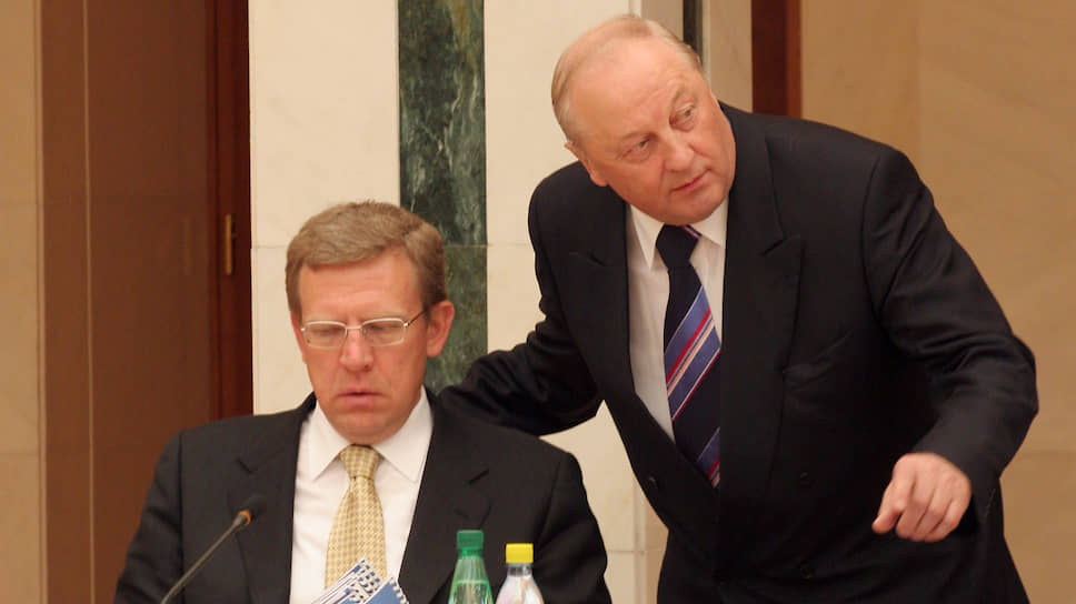 Алексей Кудрин и Эдуард Россель на совете в уральском полпредстве в 2006 году