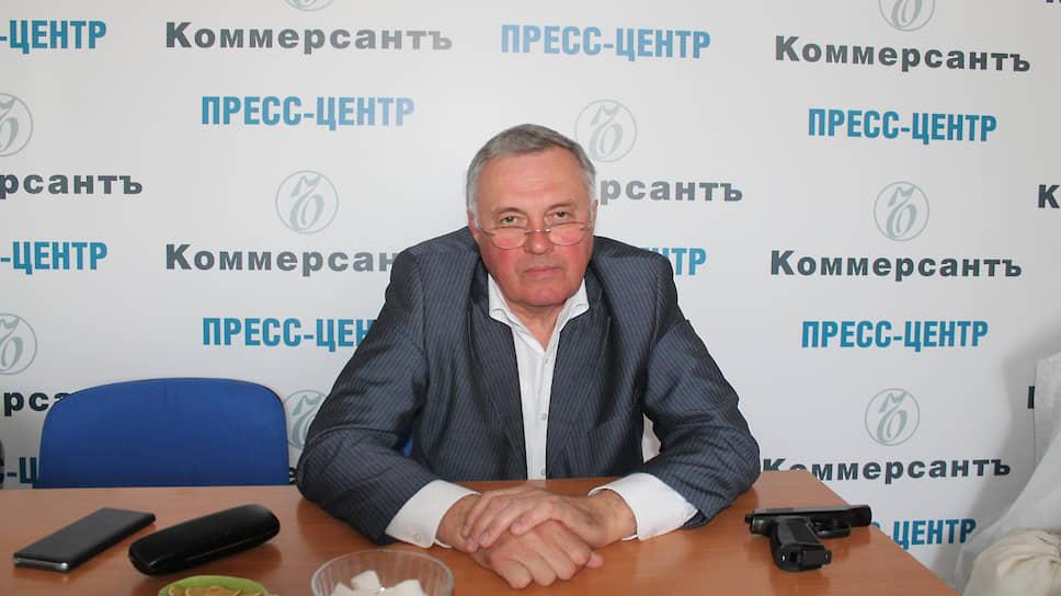 Подполковник милиции в отставке Александр Хренов