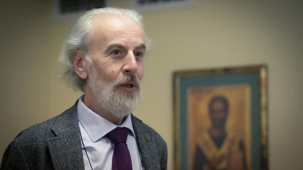 Александр Дворкин