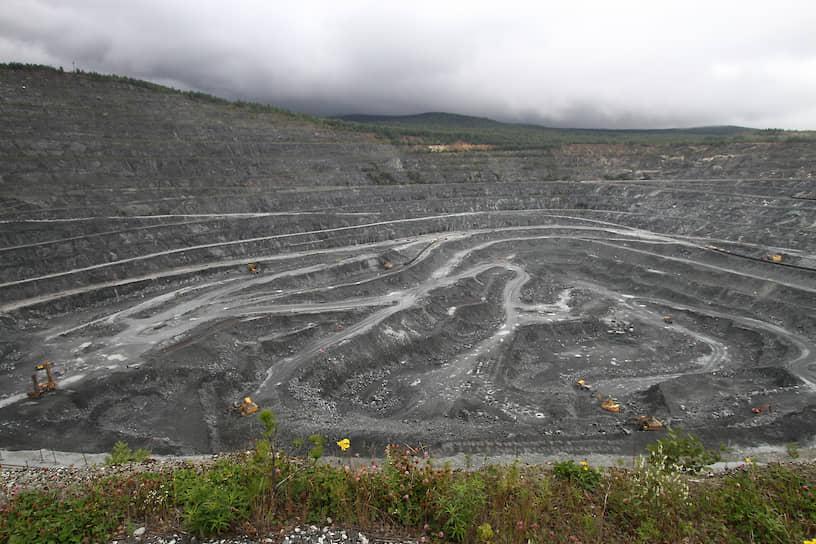 Добыча железной руды на Качканарском горно-обогатительном комбинате (ЕВРАЗ КГОК)