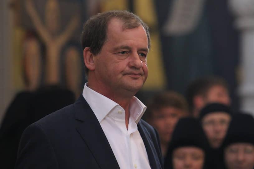 Андрей Симановский в Храме-на-Крови во время визита патриарха Кирилла