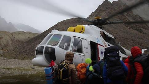 Разбившийся вертолет долетел до страховки  / Вдова погибшего на Памире альпиниста взыскала с ВТБ 2,3 млн рублей