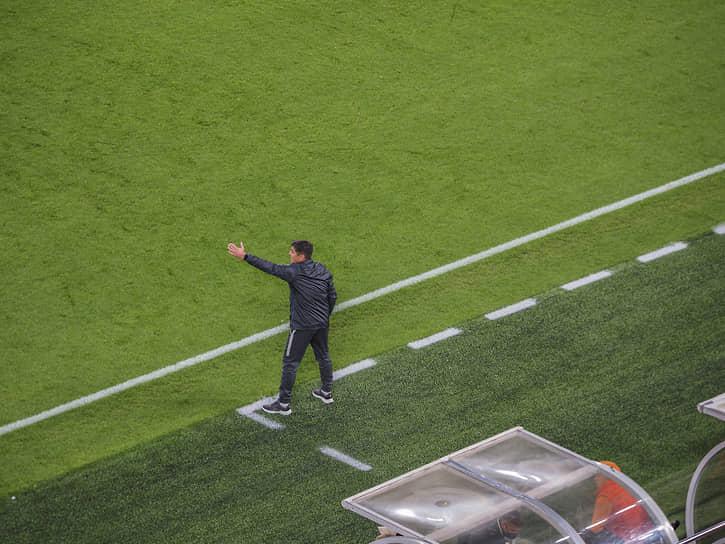 Новым главным тренером «Урала» стал Юрий Матвеев.