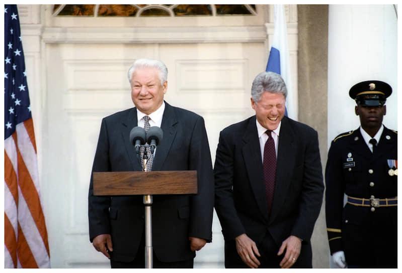 Президент США Билл Клинтон и Президент РФ Борис Ельцин во время пресс-конференции. Фото ТАСС